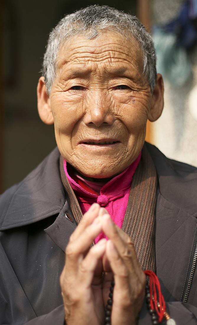 Tibetan Woman, New Delhi, India - Barbara Raisbeck Photography