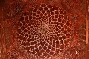 Temple next to Taj Mahal ceiling